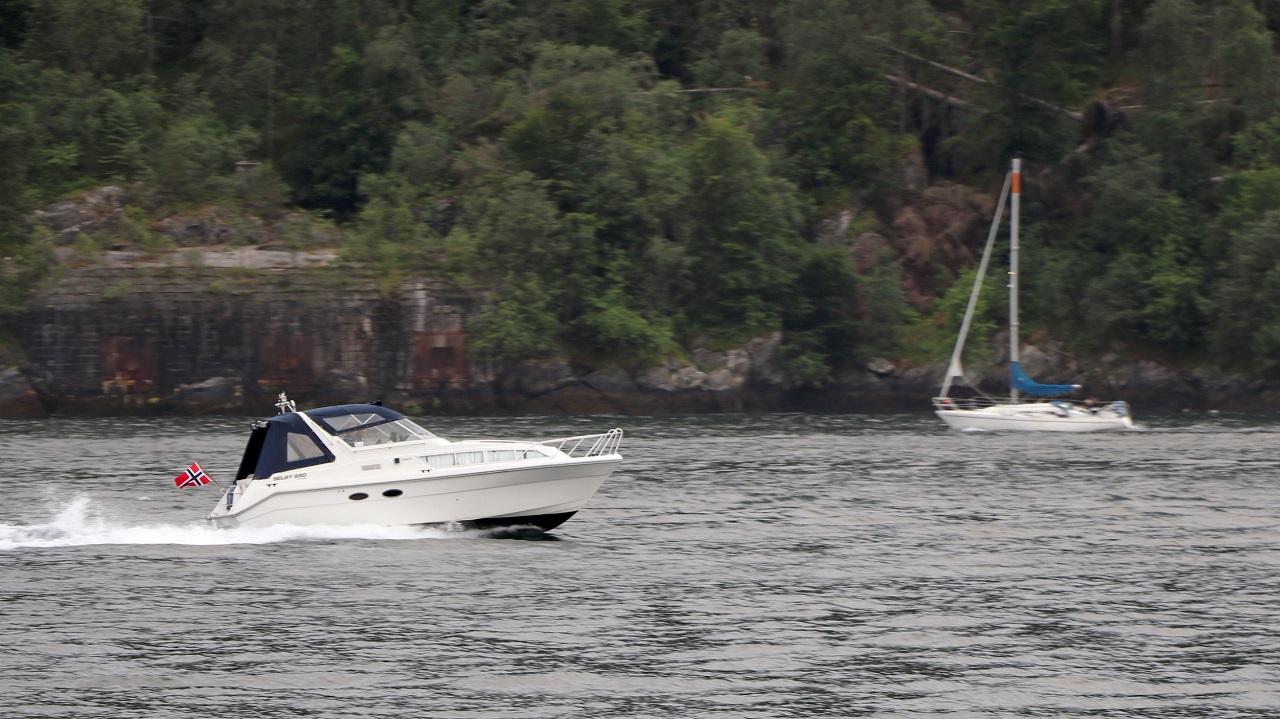 Speedbåt - Fritidsbåt - Fartsgrenser på sjøen - Straffereaksjoner - Samferdselsdepartementet