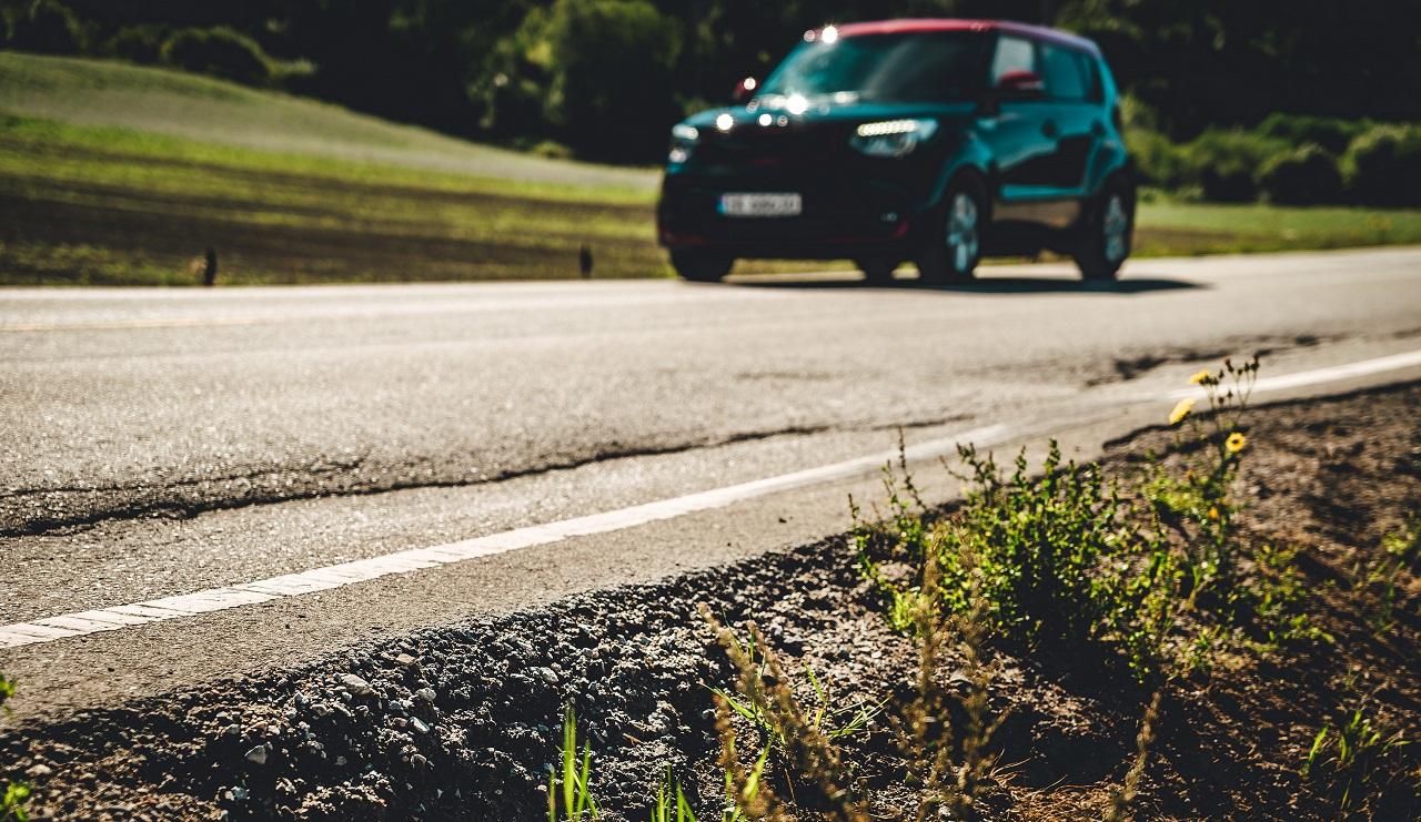 Vei - bilkjøring - vedlikehold - NAF