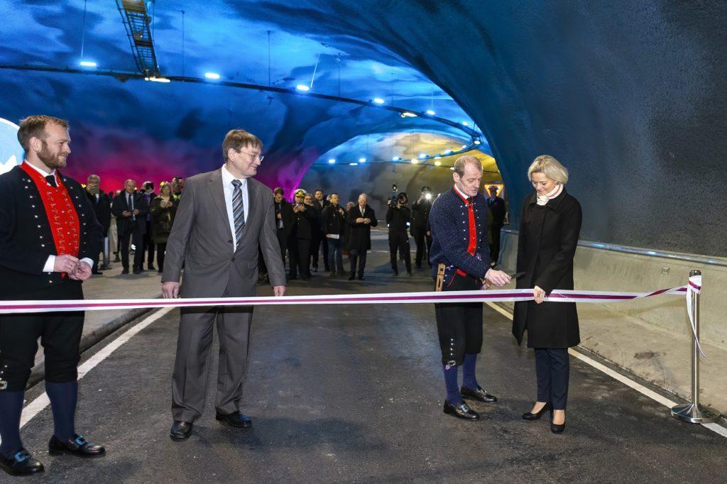 NCC - Færøyene - Tunnelåpning - Eysturoytunnelen