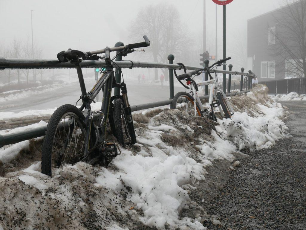 Sykler - parkerte - vinter - sykkeltyverier - If forsikring