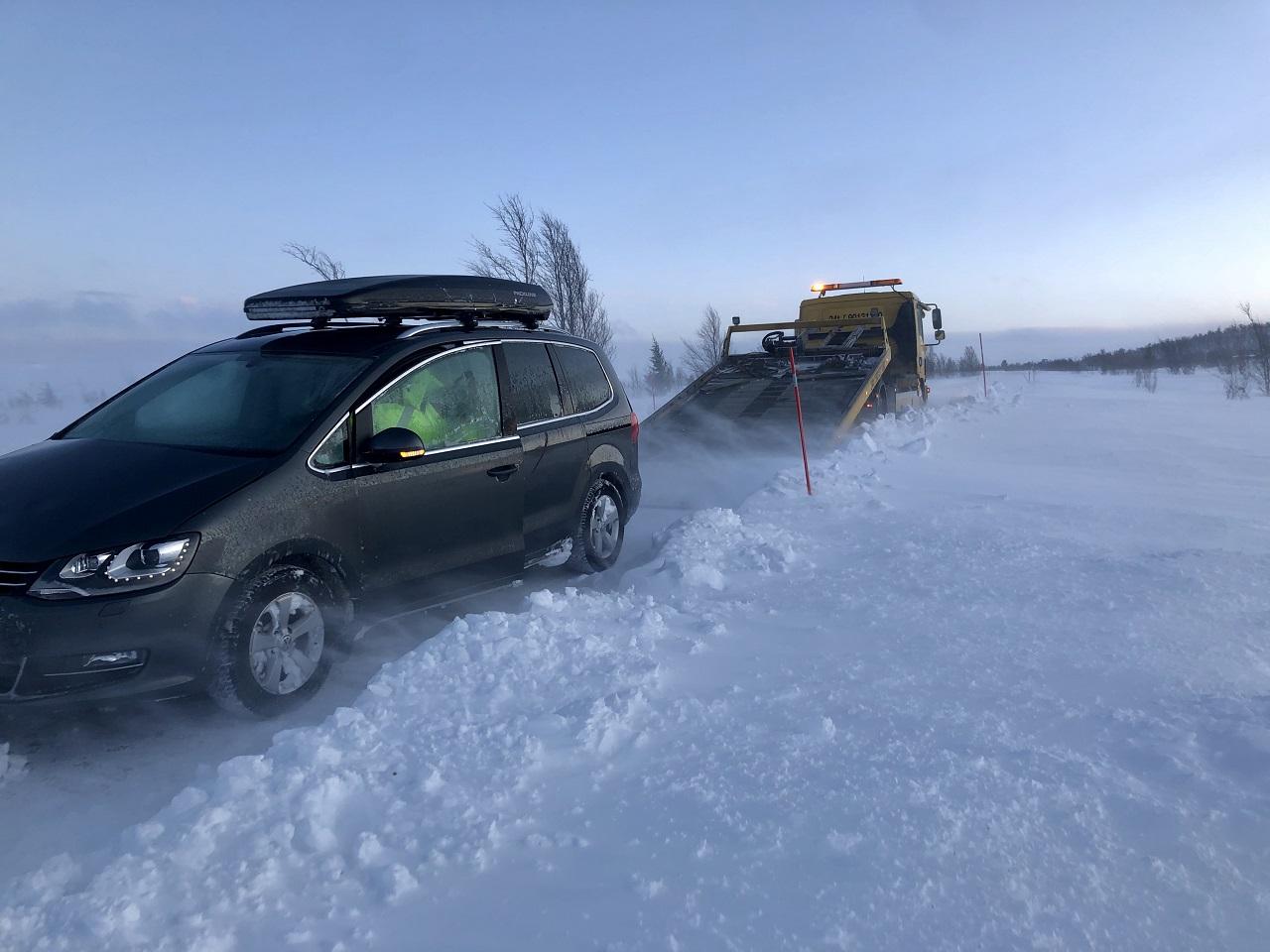 Bilberging - vinterføre - glattkjøring - utforkjørsel - Snø - Fremtind