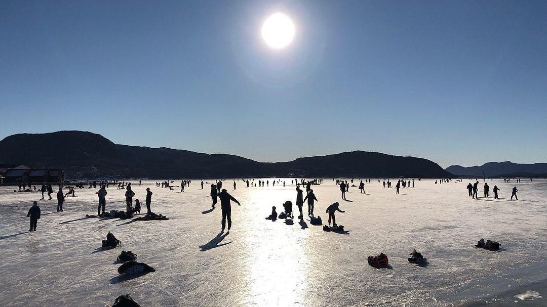 Islagt fjord - Jørpeland - Strand - Ryfylke - Rogaland