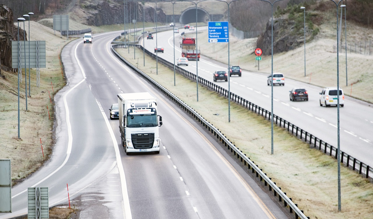 NAF - Motorvei - Avkjøringer - Biltrafikk - Illustrasjon