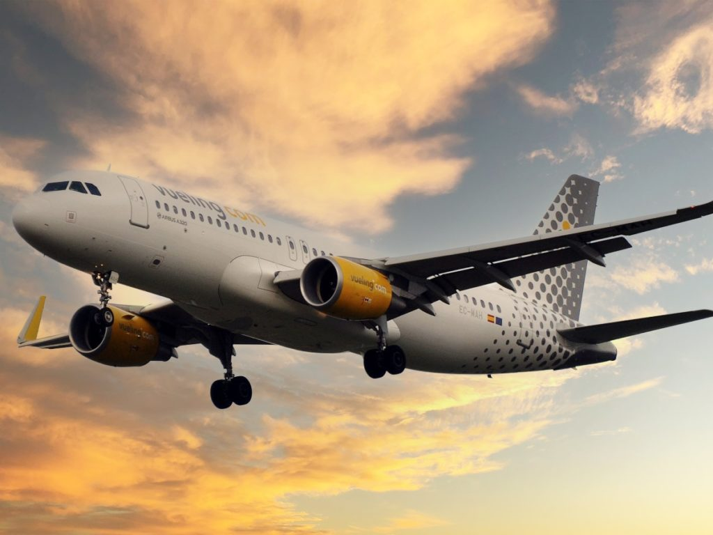 Airbus A 320 - Vueling - IAG Group