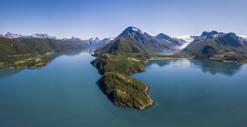 Holandsfjorden - Engenbreen - Svartisen - Helgeland - Salten - Nordland - Leading Web Solutions