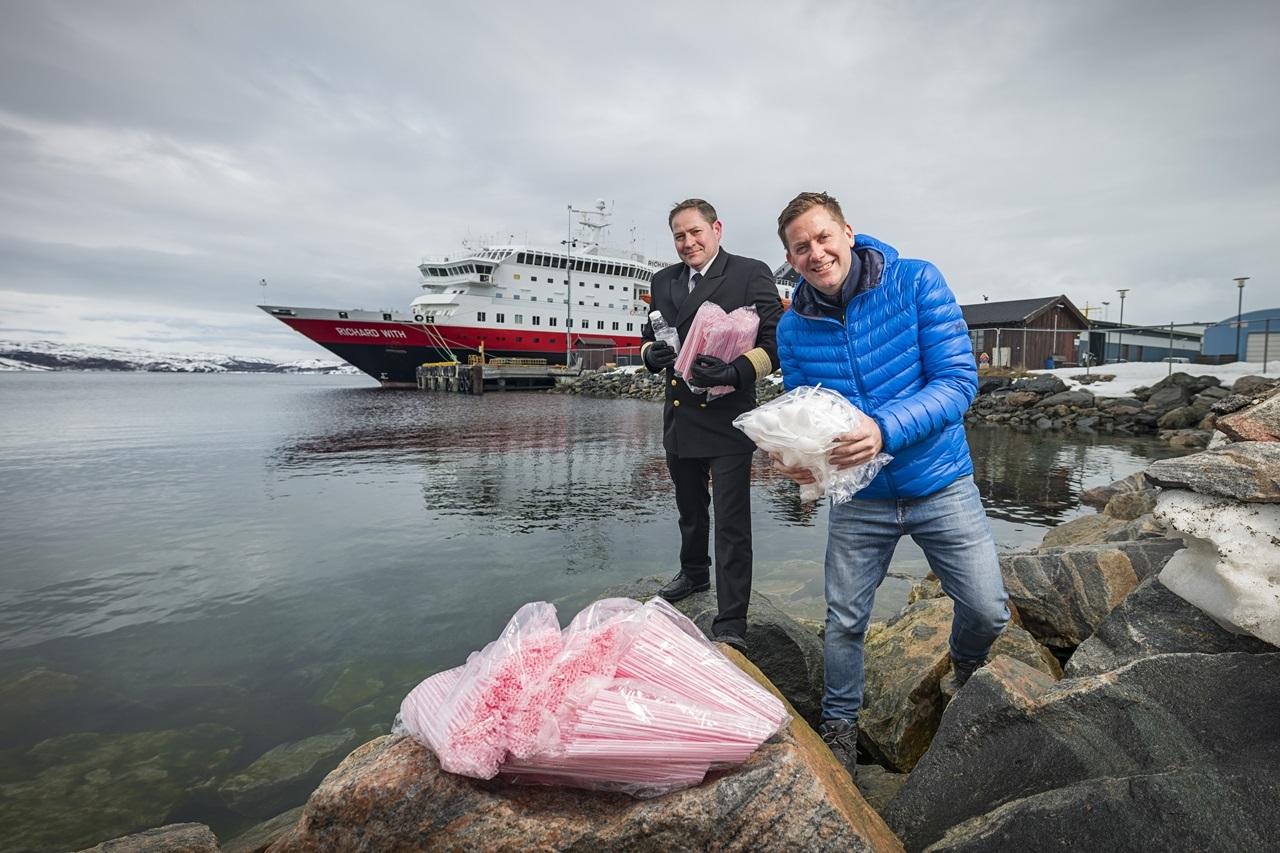 MS Richard With - Kirkenes - Plasavfall - Hurtigruten - Daniel Skjeldam