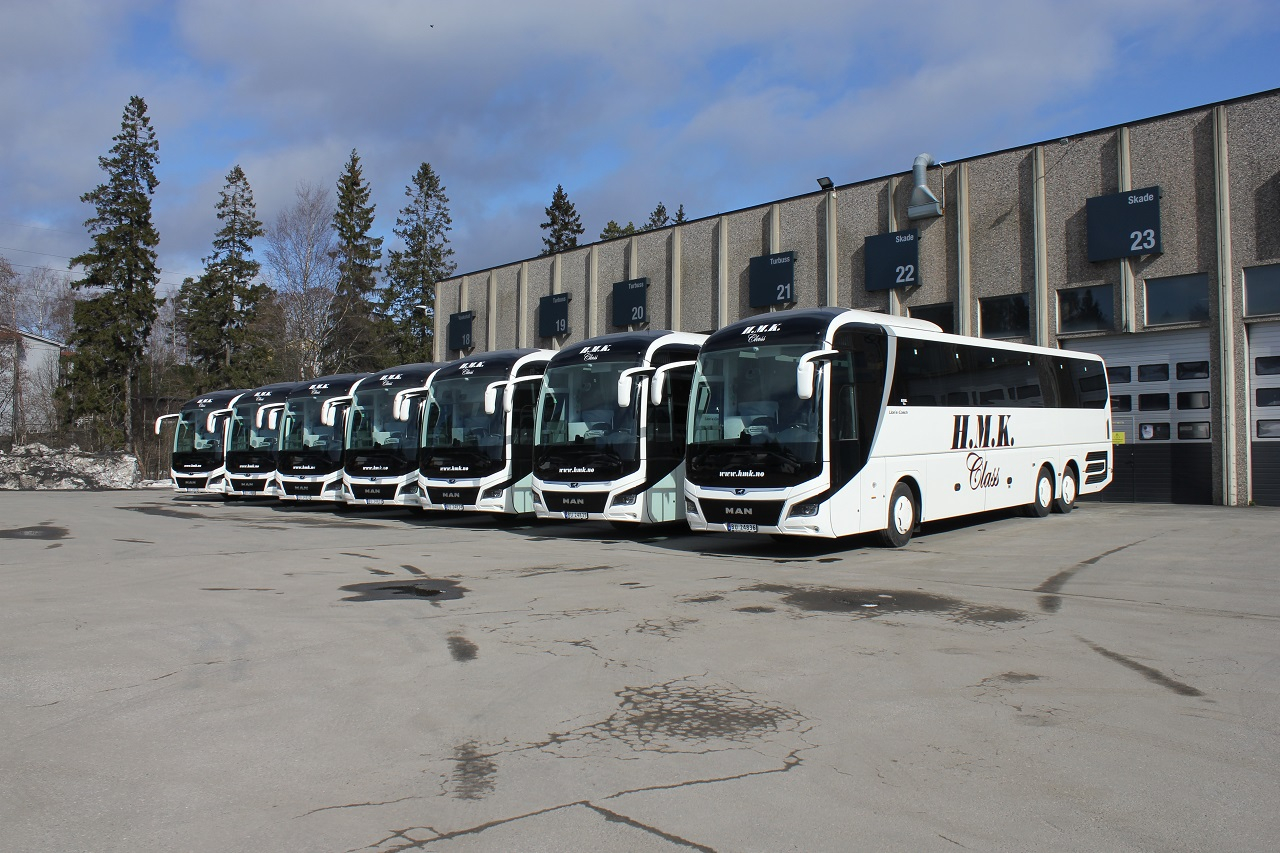 H.M.K. - H.M. Kristiansens automobilbyrå- Turbusser - MAN - Lion`s Coach