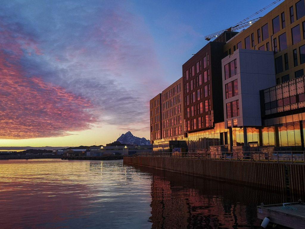 Thon Hotel Svolvær - Beliggenhet - Utsikt