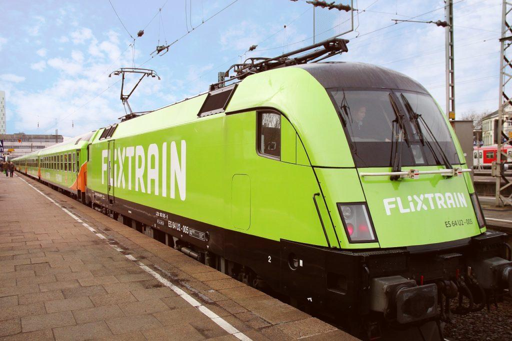 Lokomotiv - Flix Train - Hamburg-Altona - free for editorial purposes