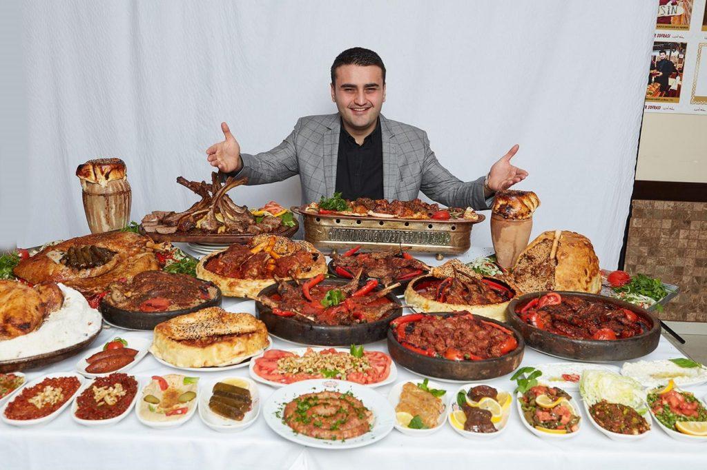 Czn Buraks - Instagramkokk - Restauranteier - Dubai