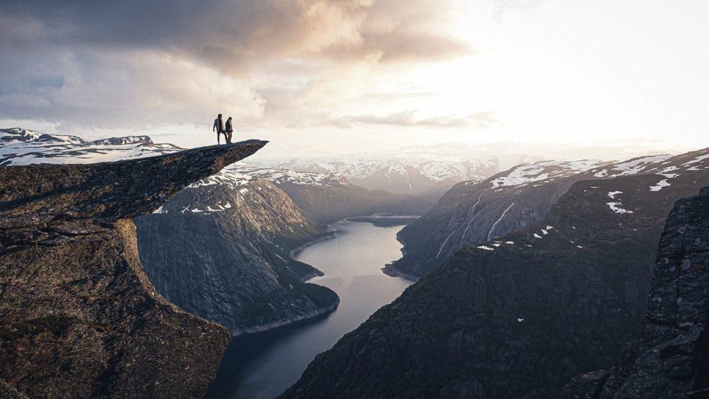 Trolltunga - Odda - Sørfjorden - Hardanger - Fjord Norge