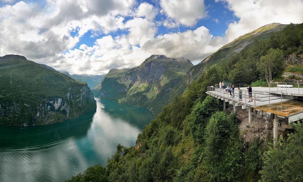 Ørnesvingen - Geirangerfjorden - Møre og Romsdal - Fjord Norge