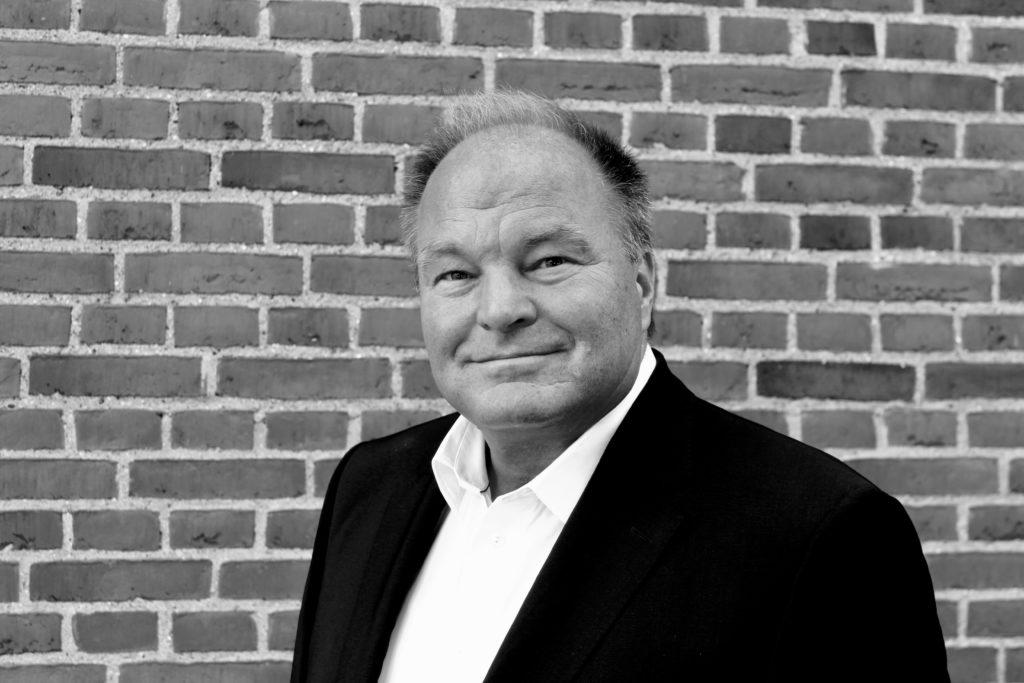 Thomas Becker - administrerende direktør - STRING