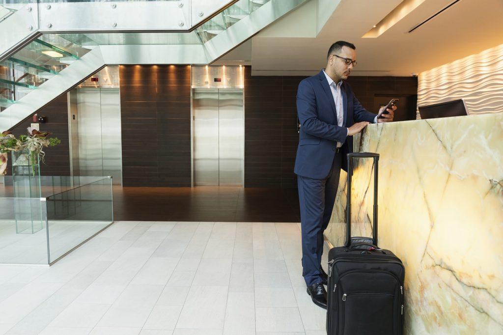 Amadeus - Businessreisende - Hotellresepsjon