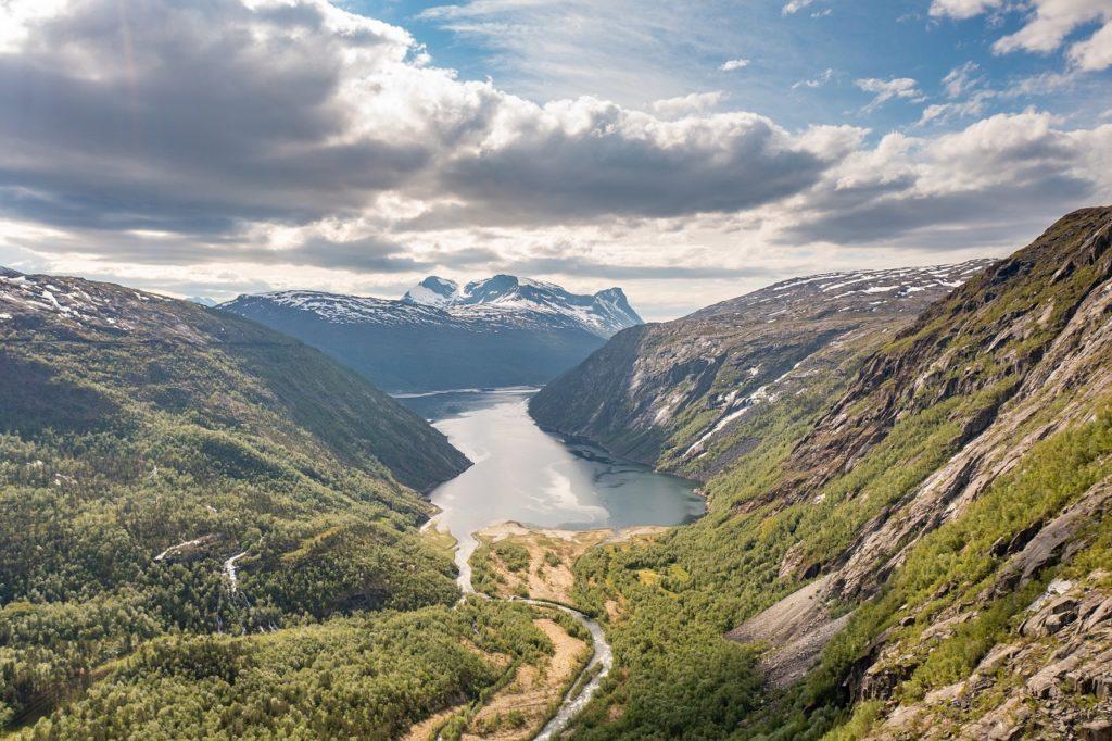 Rombaksfjorden - Ofoten - Nordland - Nord-Norge - Artic Train - Norway`s best