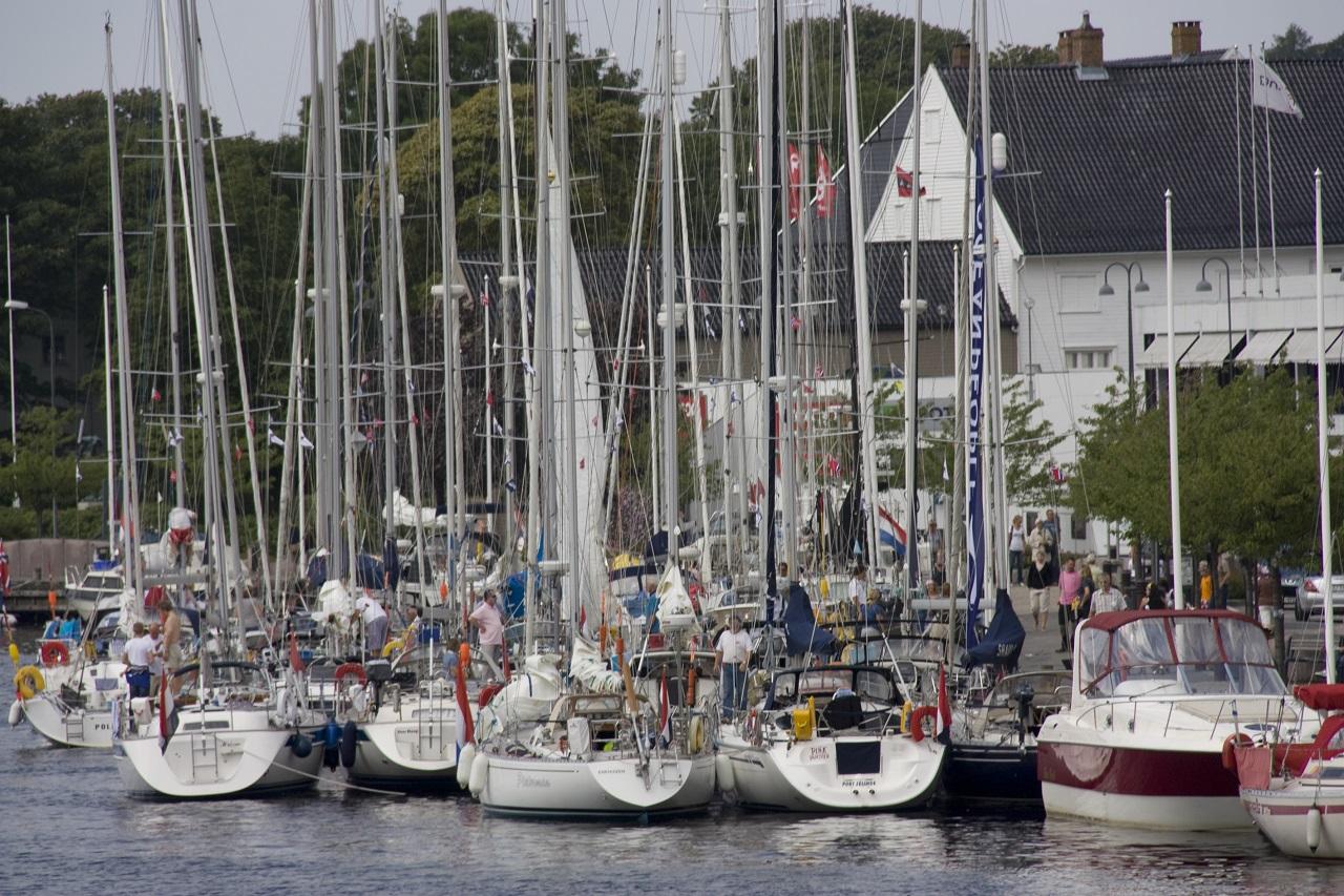 Seilbåter - fritidsbåter - småbåthavn - Norsk Brannvernforening
