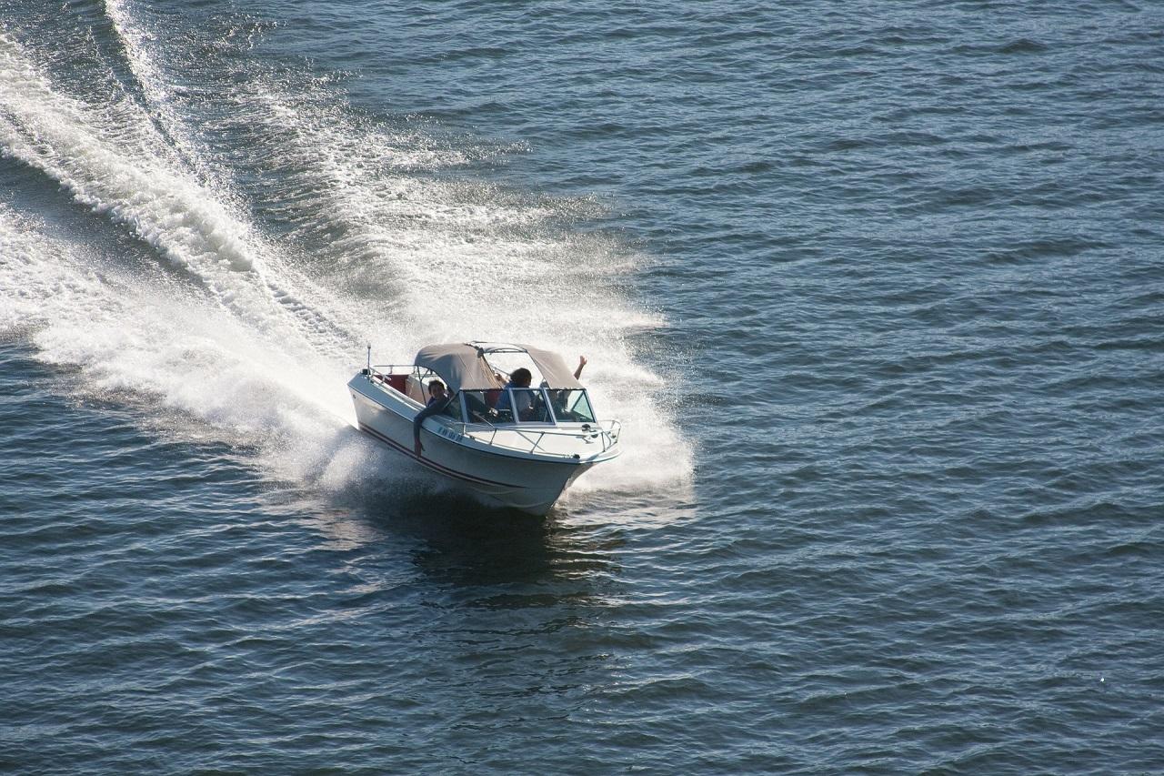 Speedbåt - sjø - Båtliv - Frende forsikring